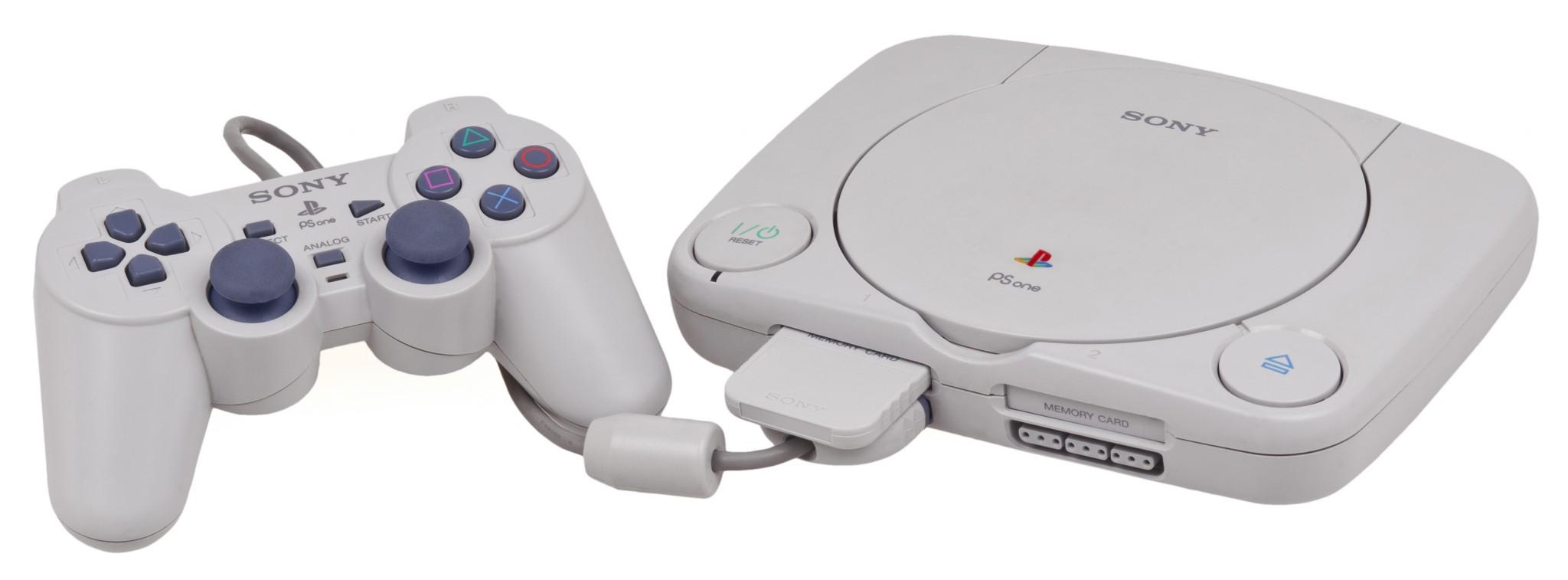 Kompaktniji i daleko lepši PSOne pojavio se 2000. godine kao zamena za stari model